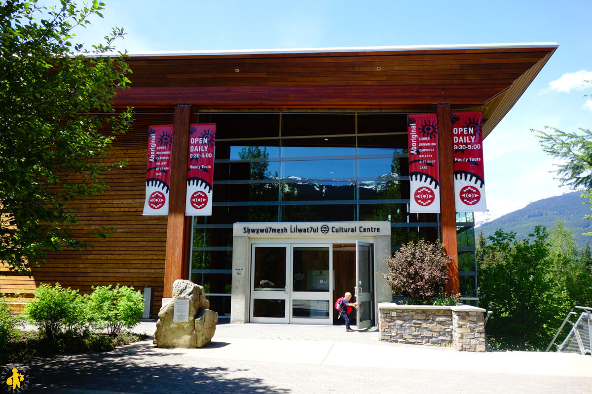 2017.06.05 Ouest canadien Whistler 2 Squamish center (43a)-12017.06.01 Ouest canada